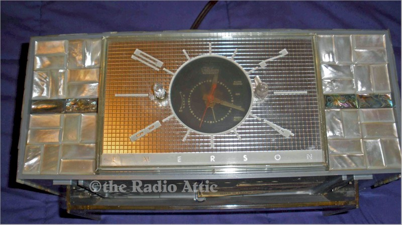 Emerson 845 Series B Mother of Pearl Clock Radio