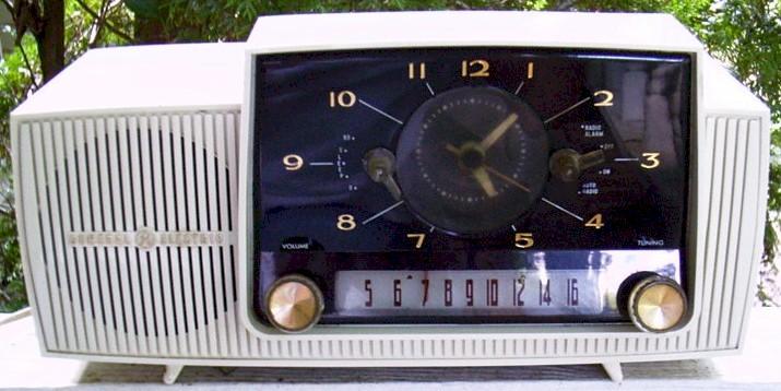 General Electric C-430A Clock Radio (1958)