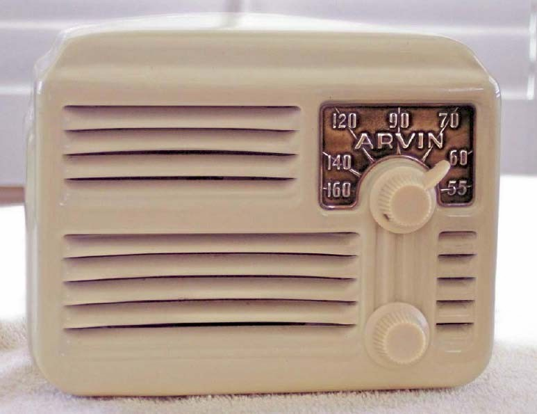 Arvin 444A Metal Midget (1946)