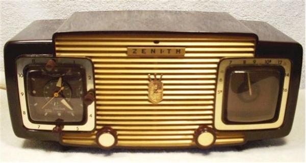 Zenith L-622 Clock Radio