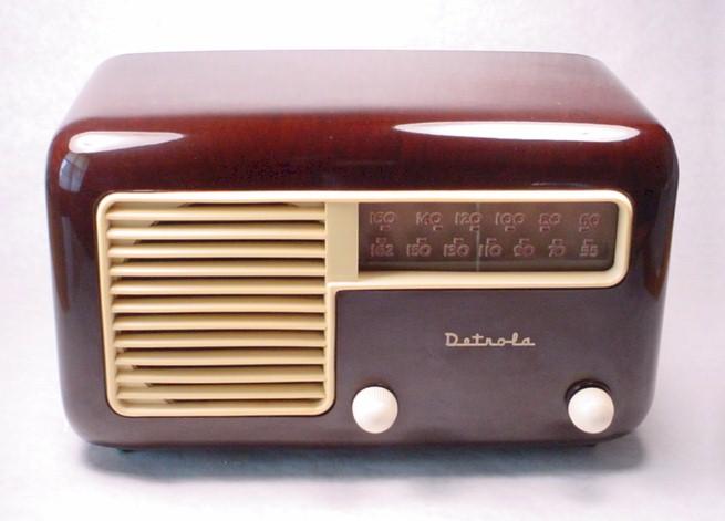 Detrola 571 (1946)