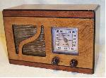 Mini Wood Table Radio