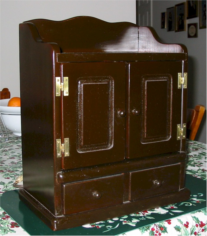 "Guild NC-484 ""Spice Chest"" (1953)"