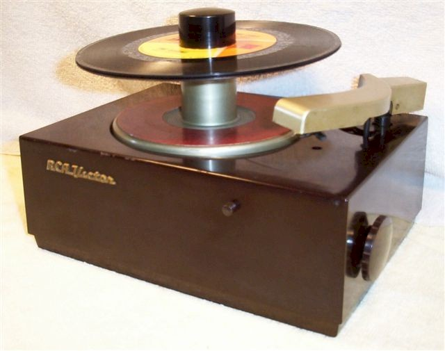 RCA 45J 45 rpm Record Player (1950s)