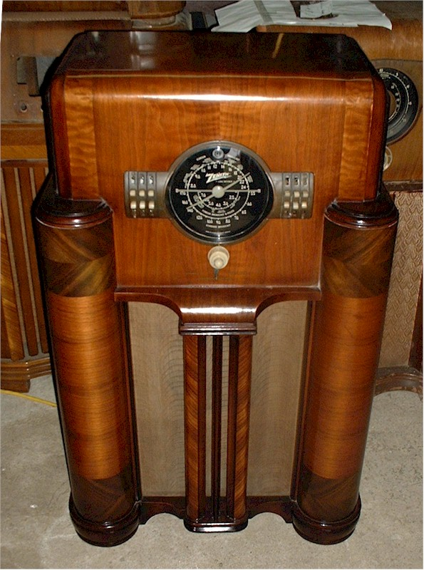 Zenith 7-S-363 Console