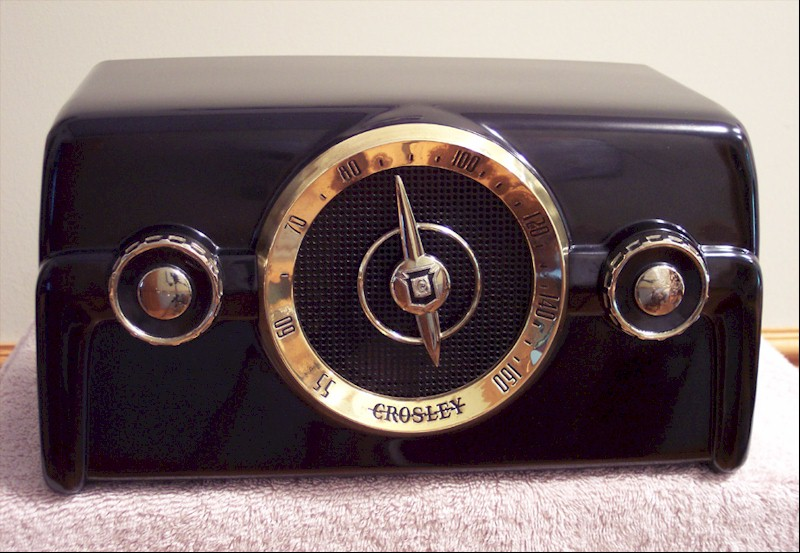 Crosley 10-136E Coloradio (1950)