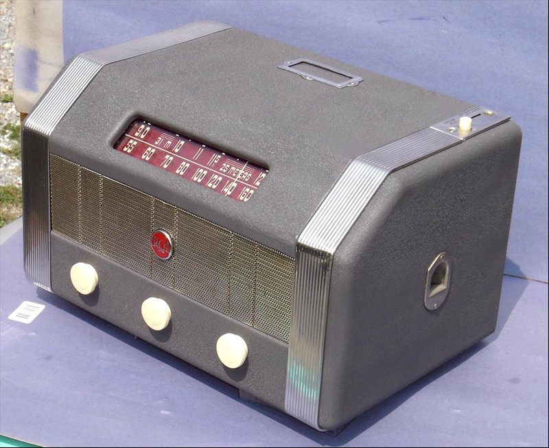 RCA MI-13174 Coin-Operated Radio