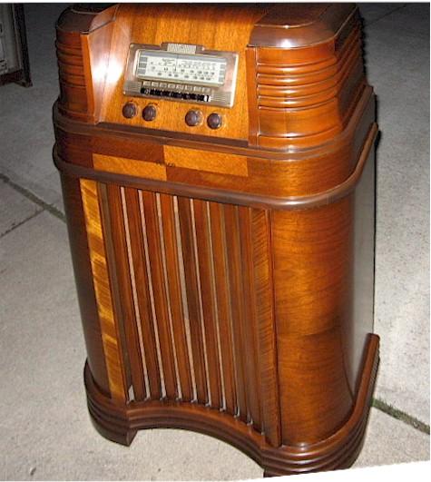 Philco 39-31 Console (1939)