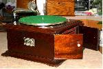 Victor Victrola VI Phonograph (1917)