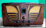 """Philco 45 """"Butterfly"""" (1934)"""
