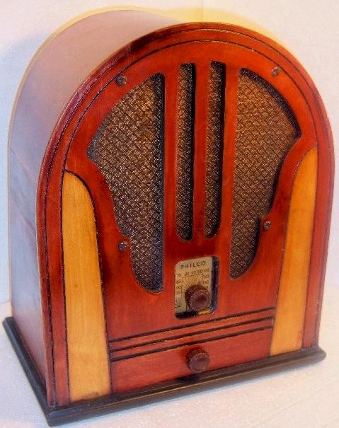 Philco 84B Cathedral (1935)