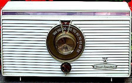 Westinghouse Twin-Speaker Radio (1955)