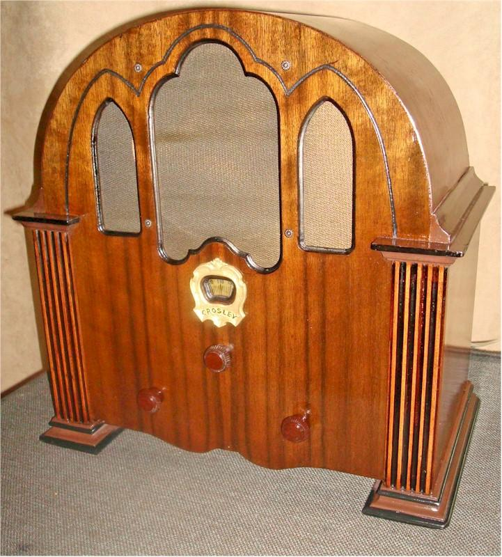 """Crosley 124 """"The Playtime"""" Cathedral (1931)"""