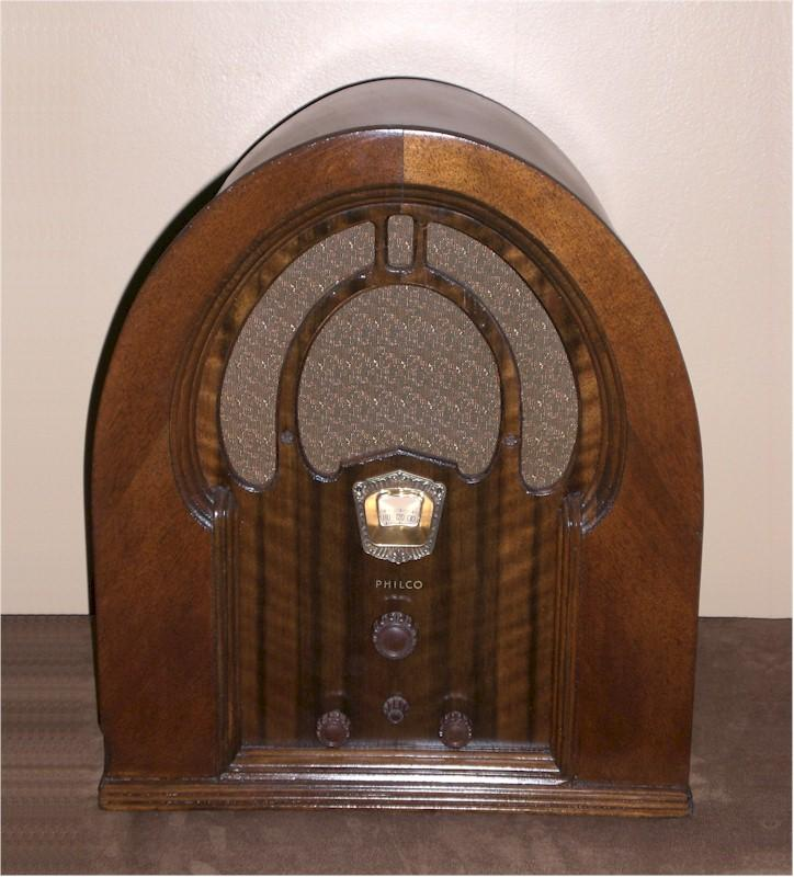Philco 71B Cathedral (1932)