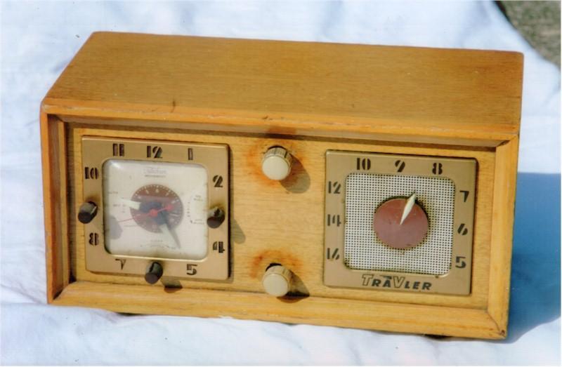 Trav-Ler 5170 Clock Radio(1952)