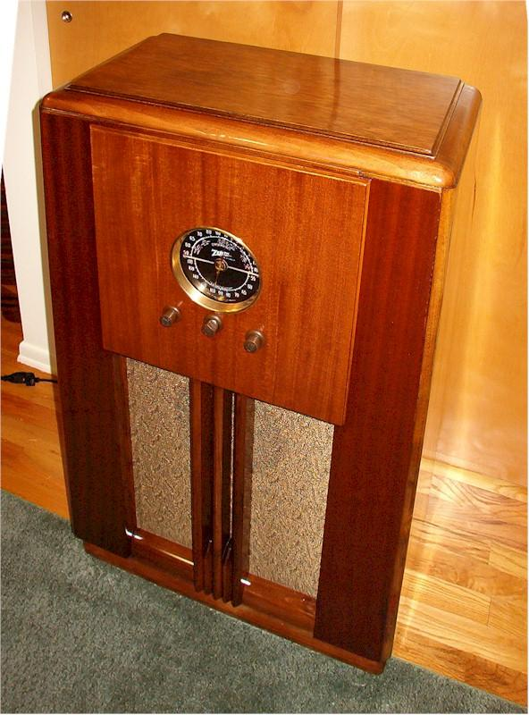Zenith 5-S-250 Console (1938)