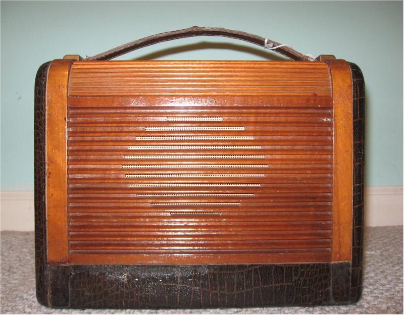 Philco 48-360 Portable (1948)