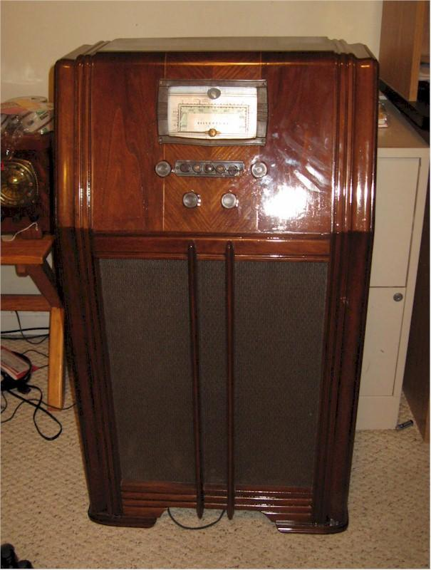 Silvertone 101.529 Console