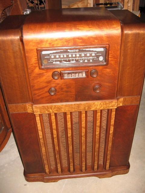 Sparton 1281 Console