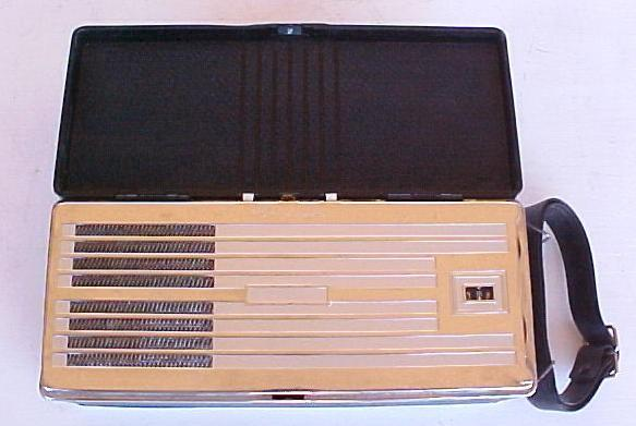 RCA BP-10 Portable (1940)