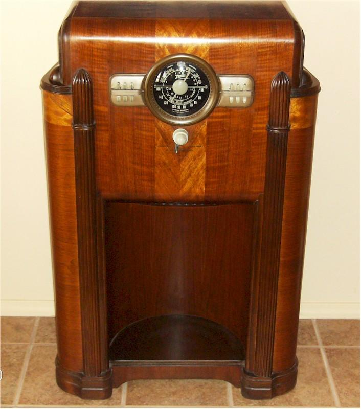 Zenith 10-S-470 Console (1940)