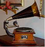 Victor I Phonograph (1903)