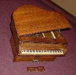 """General Television 534 """"Grand Piano"""" (1939)"""