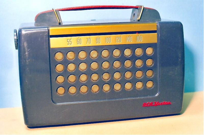 RCA Victor PX600 Portable (1952)