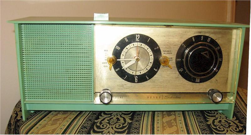 Silvertone 6034 Clock Radio
