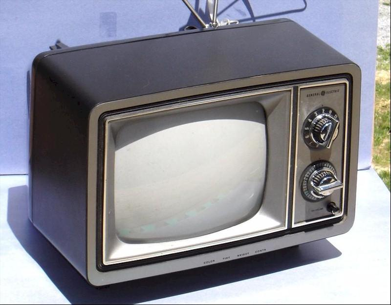 General Electric 73-D-221206 Television