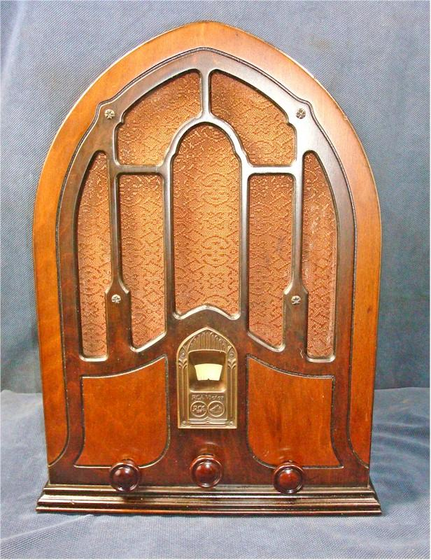 RCA R-70 Cathedral (1932)