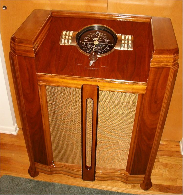 Zenith 7-S-364 Console (1939)