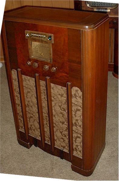 Stromberg-Carlson 335-L Console
