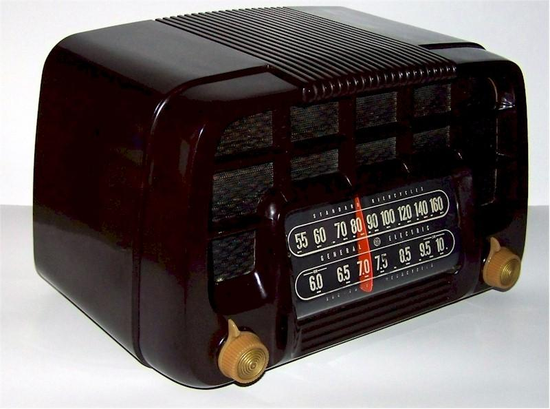 General Electric 220 (1946)
