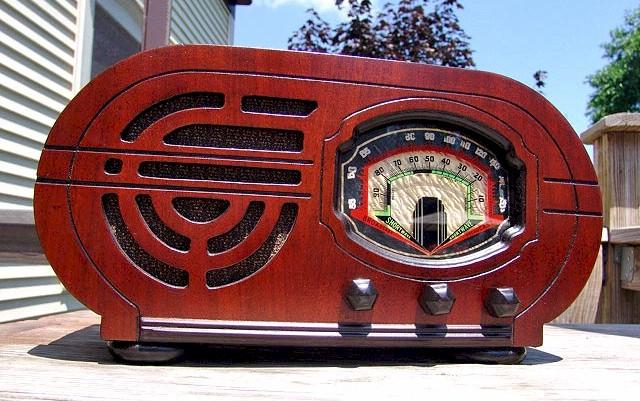 Unknown Plant A Radio (1937)