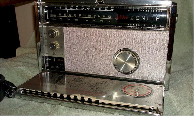 Zenith 3000 Trans-Oceanic (1963)