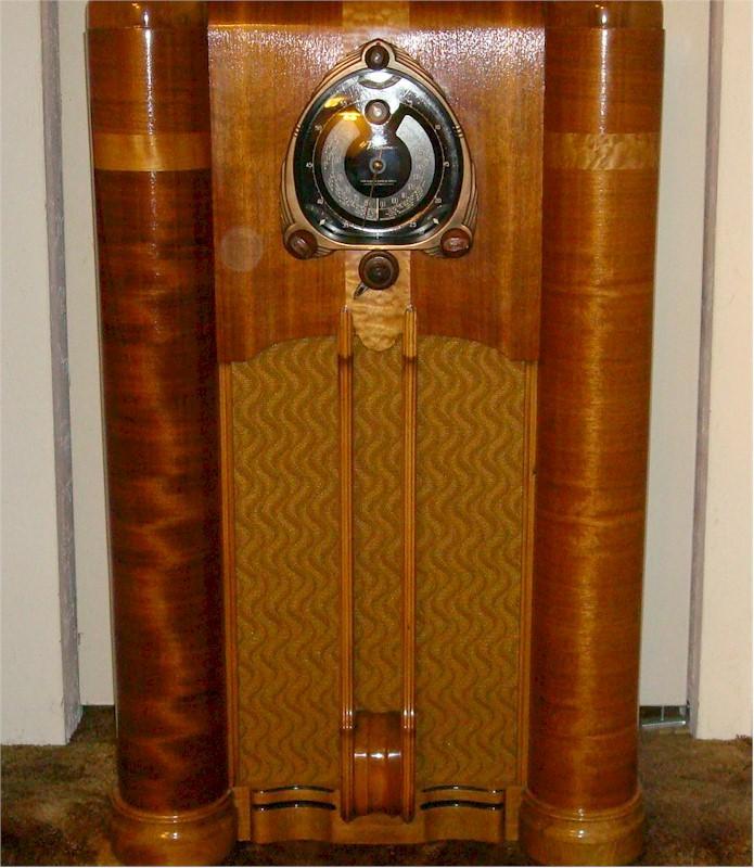 Zenith 9-S-262 Console (1938)