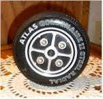 Atlas Goldanaire II Steel Tire Radio
