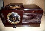 Philco 51-537 Clock Radio (1950)