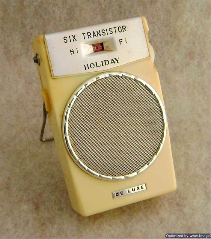 "Holiday De Luxe ""Hi Fi"" Transistor (Japan)"