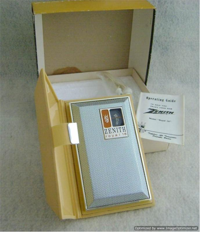 Zenith Royal 16 Transistor in Box (1968)
