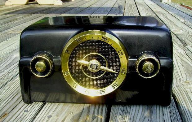 Crosley 10-136E (1954)