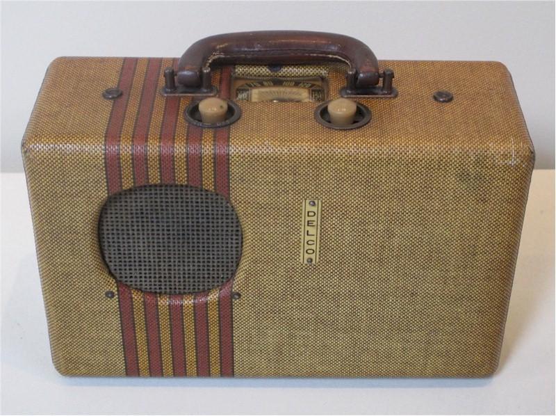 Delco R-1401 Portable (1939)