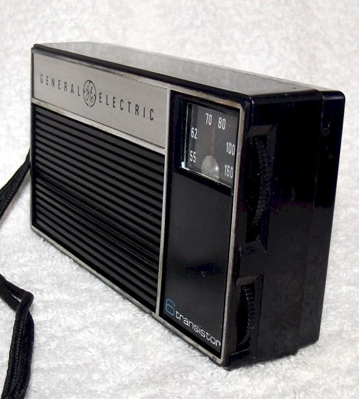 General Electric P-1750 Pocket Transistor (mid-60s)