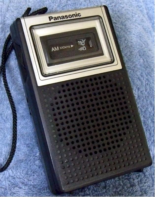 Panasonic R-1019 Pocket Transistor (1970)
