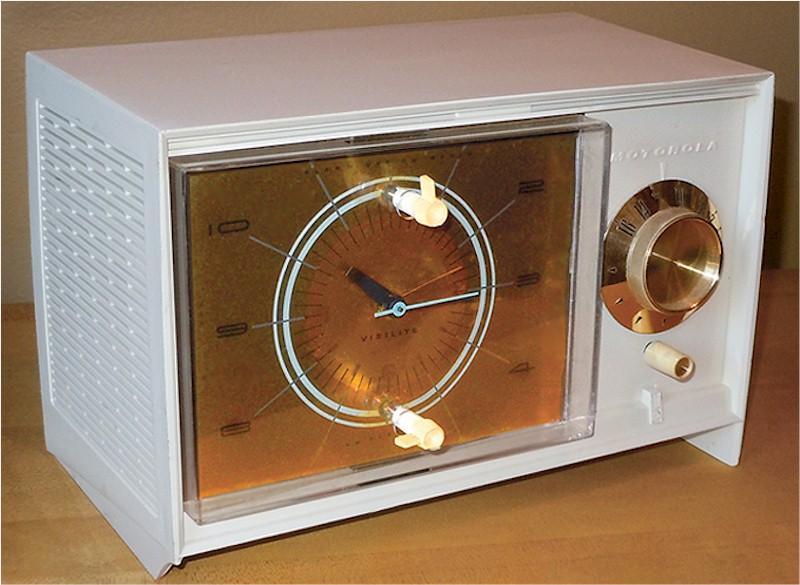 Motorola C33WK Clock Radio