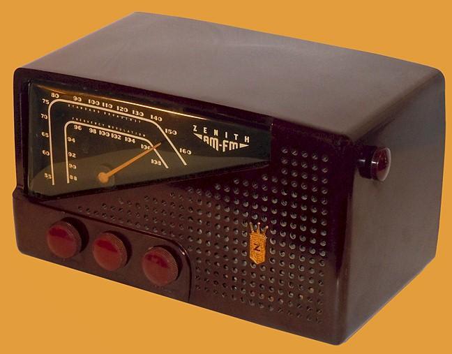 Zenith 7-H-822 AM/FM (1950)