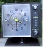 Zenith C-268W Clock Radio (1990)