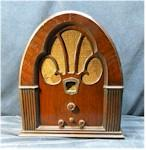 Philco 70 Cathedral (1932)