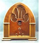 Philco 90 Cathedral (1932)